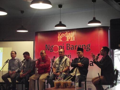 Diskusi dipandu Jurnalis CNN Budi Adiputro