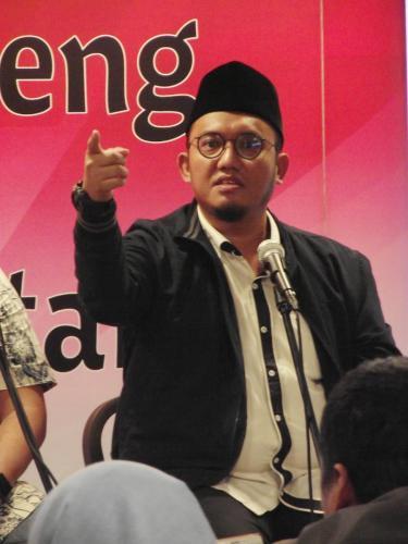 Ketua PP Pemuda Muhamadiyah, Dahnil A Simanjuntak mengatakan Jokowi dan Indonesia berhutang pada Novel Baswedan